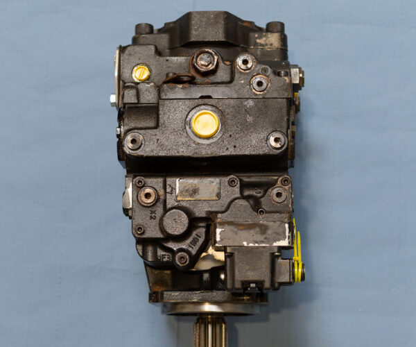 Danfoss 100 cc 90-series pump